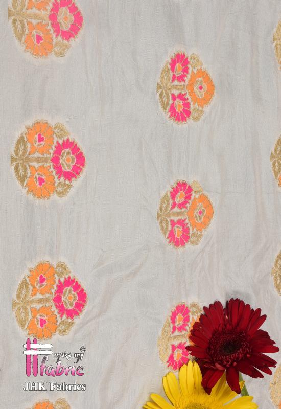 Mina Buta On Munga Silk